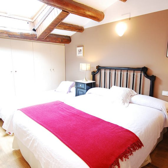 Habitación triple AUZELLS - Vilosell Wine Hotel