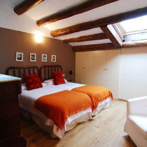 Habitación triple LLEBRE - Vilossell Wine Hotel